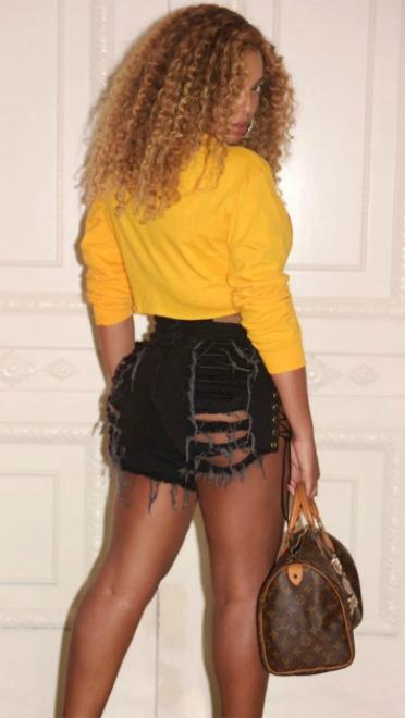 Stil dana: Beyoncé u krop topu i šortsu - Harpers BAZAAR Srbija