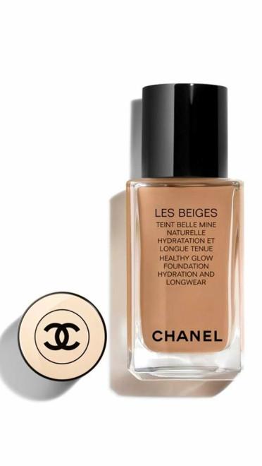 Les Beiges Healthy Glow Foundation Hydration and Longwear, Chanel