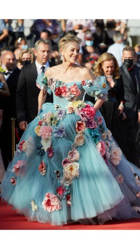 Sharon Stone u Dolce & Gabbana haljini