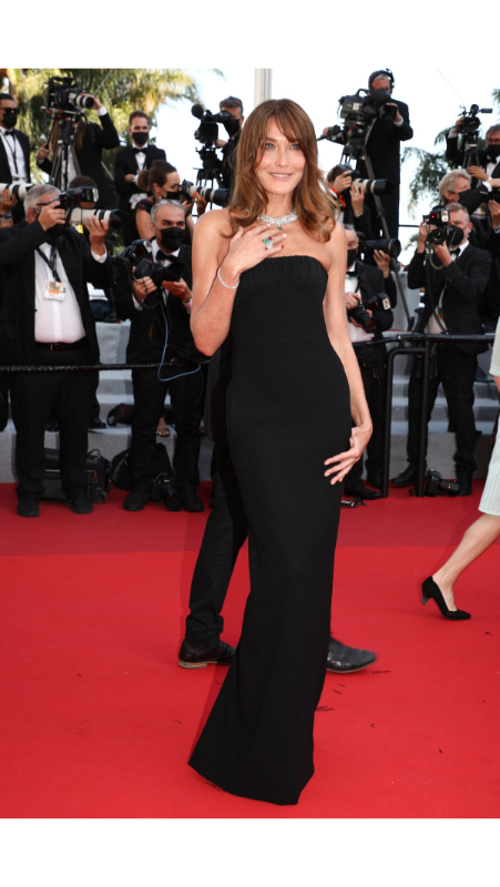 Carla Bruni u Saint Laurent haljini
