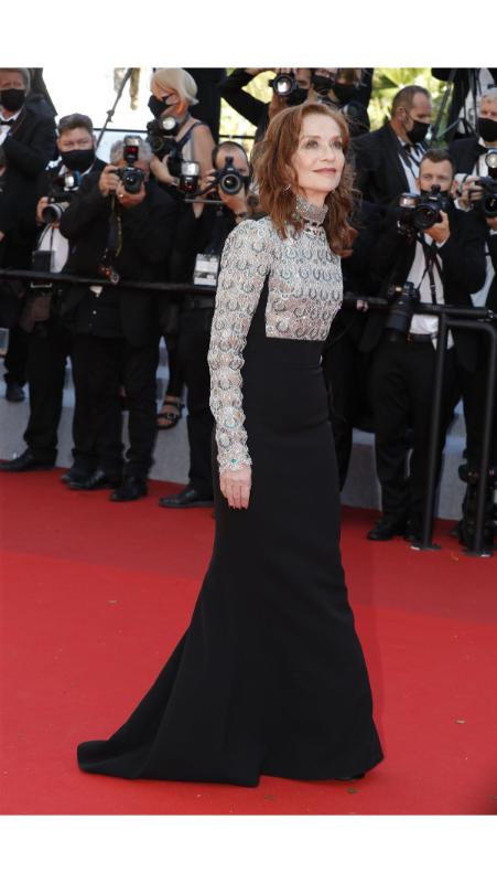 Isabelle Huppert u Louis Vuitton haljini