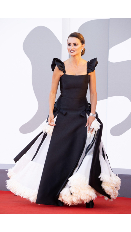 Penelope Cruz , Chanel